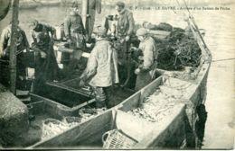 N°66309 -cpa Le Havre -arrivée D'un Bateau De Pêche- - Fishing