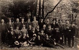 """Carte Photo Originale Gesangsverein """"Amicitia"""" Männerabreilung - Club De Chant """"Amicitia"""" Section Hommes Vers 1910 - Personnes Identifiées"""