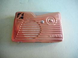 BRIQUET RADIO LIGHTER Feuerzeug ENCENDEDOR ACCENDINO AANSTEKER 打火机 Léttari Ljusare ライター αναπτήρας ///////// - Unclassified