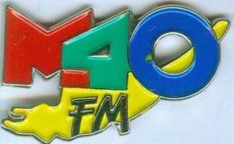 M 40 FM - Medias