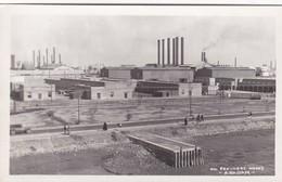 OIL REFINERY WORKS. ABADAN. IRAN. CIRCA 1940s NON CIRCULEE. TBE- BLEUP - Iran