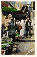ALGER  Rue Arabe ( Les Marchands ) Colorisée RV - Alger