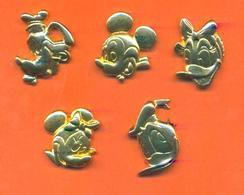 Serie Complète De 5 Feves Métal Mickey Sans Bélière - Disney