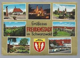 DE.- FREUDENSTADT Im Schwarzwald. Stadthaus. Rathaus. Stadtkirche Mit Marktbrunnen. Kurbahnle. Kurhaus Mit Kurpark - Gruss Aus.../ Gruesse Aus...
