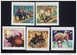 North Vietnam Viet Nam MNH Stamps 1974 : Vietnamese Elephants / Elephant / Timber / Circus (Ms285) - Vietnam