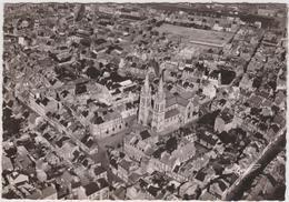 Manche : CHERBOURG : L é Glise  Notre  Dame  Du Voeu Et La  Place Divette - Cherbourg