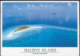MALDIVE - VEDUTA AEREA - FORMATO GRANDE 17X13 - VIAGGIATA 2001 FRANCOBOLLO ASPORTATO - Maldive