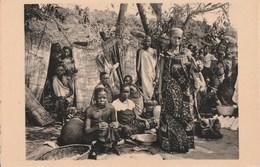 LE MARCHE A USUMBURA - BELLE CARTE PHOTO - TRES TRES ANIMEE - 2 SCANNS -  TOP !!! - Burundi