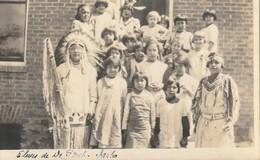 Eleves De De _______, Idaho Native Students From A School In Idaho R. P. P. C. - Native Americans