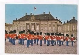 Copenhagen, The Royal Guards At Amalienborg Castle Square, 1982 Used Postcard [22229] - Denmark
