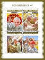 Sierra Leone. 2018 Pope Benedict XVI. (910a) - Popes