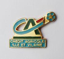 Pin's  Crédit Agricole Ille Et Vilaine - 28R - Autres