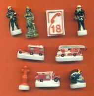 Serie Complète De 9 Feves Sur Les Pompiers 2004 - Characters