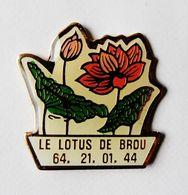 Pin's Fleur Le Lotus De Brou - AB28 - Badges
