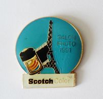 Pin's SCOTCH Salon Photo 1991 Tour Eiffel - PHOTO - Photography