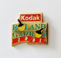 Pin's Kodak Roland Garros 1991- PHOTO - Photography