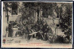 LUNEVILLE - LUNEVILLE GARNISON - PENDANT LA GREVE DES P.T.T - LE BUREAU GARDE MILITAIREMENT - BEAU PLAN - Luneville