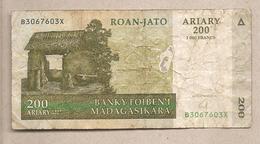 Madagascar - Banconota Circolata Da 200 Ariary P-87b - 2004 - Madagascar