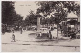 3 - B20872CPA - CUSSET - Le Cours - Marche - Roulotte - Carte Pionniere - Parfait état - ALLIER - Frankrijk