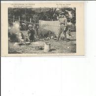 LES ECLAIREURS DE FRANCE LA VIE AU CAMP LA CUISINE - Scouting