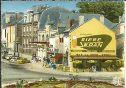 08 Ardennes CHARLEVILLE La Rotule Et Le Bar Du ROND POINTet  BIERE DE SEDAN - Charleville
