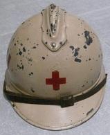Casque Adrian Mle 15 Croix Rouge - Cascos