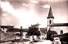Sauvagnat Ste Marthe. Le Clocher, La Croix De La Mission, La Fontaine De La Borie. 4cv Renault. - France