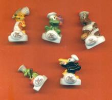 Serie Incomplète De 5/10 Feves Fables Du Boulanger 2003 Ronde Des Pains - Characters