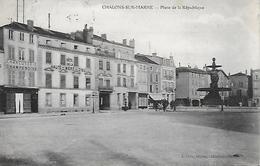 51)  CHALONS  Sur MARNE  - Place De La République - Châlons-sur-Marne