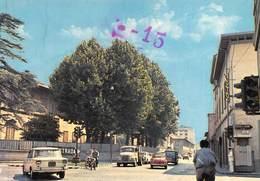 """0302 """" PRATO - VIA ZARINI """" ANIMATA CON AUTO .- CART. ORIG. NO SPED. - Prato"""