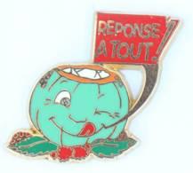 Superbe Pin's REPONSE A TOUT - Citrouille Verte Gourmande - Doré OR FIN - Zamac - Ballard - H512 - Medias