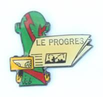 Pin's LE PROGRES - Journal - Skate Bord - Walkman - Dessin De JOB - H517 - Medias