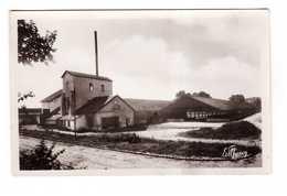 77 Villuis Industrie Agricole La Raperie De Betteraves Betteraves Agriculture Usine - Autres Communes