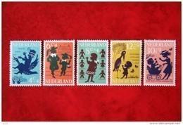 Kinderzegels, Child Welfare Kinder Enfant NVPH 802-806 (Mi 808-812) 1963 POSTFRIS / MNH ** NEDERLAND / NIEDERLANDE - 1949-1980 (Juliana)