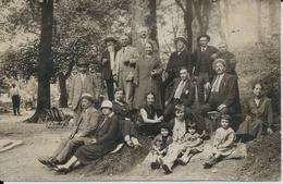 BEZIERS CARTE PHOTO DE MR JOSEPH ARNAL ET SA FAMILLE FABRIQUE DE CAIRONS ORNEMENTES CONSTRUCTION VILLAS ANNEE 1927 - Beziers