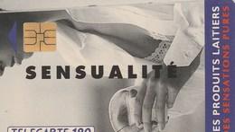 TELECARTE 120...LES PRODUITS LAITIERS....SENSUALITE - France