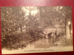 Courtomer Pont Yerres - France