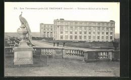 CPA Le Treport, Les Terrasses, Trianon-Hotel Et Le Paon - Le Treport