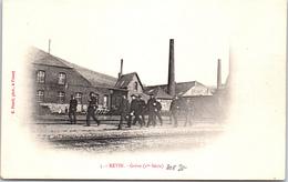 08 REVIN - Pendant La Grève Gendarmes Près De La Gare - Revin