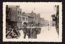 INEDIT - SAINT QUENTIN - L' ARMEE ALLEMANDE RUE D ISLE  PREND POSSESSION DE LA VILLE  VERS LE 18 MAI 1940 - Saint Quentin