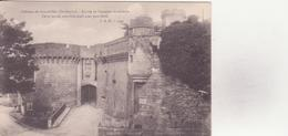 CPA - Château De BOURDEILLES Entrée De L'enceinte Extérieure - France