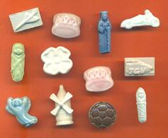 Lot De 12 Feves Ancienne Biscuits Emaillée Porcelaine Diverses - Olds