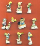 Lot De 10 Feves Porcelaine Sur Les Perlimpinpins - Characters