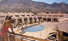 Cipro Del Nord - Donnina - Celebrity Kyrenia - Formato Grande Non Viaggiata – E 9 - Cipro