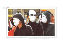 Des Prostituées Portant Des Masques Blancs Manifestent Dans Le Centre De Marseille - Marseille