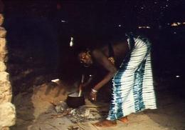Guinea - Bissau - Africa Occidentale - Donna Della Tribù Fula - Formato Grande Non Viaggiata – E 9 - Guinea-Bissau