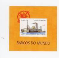 Angola-1999-Bateau à Vapeur-bloc***MNH - Angola