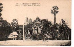 CAMBODGE : ANGKOR VAT  Alentours Du Temple Première Plate Forme - Non Voyagée - TBE - Cambodia