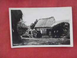 RPPC    Peasant Life Brittany  Ref 3077 - Europe