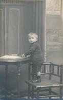 Thèmes - Photographie - Portrait D'enfant - Photo - Photographs
